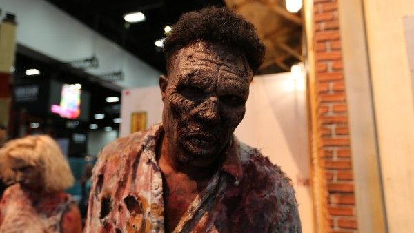 comic-con-2015-convention-floor-picture-image (11)