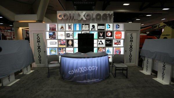 comic-con-2015-convention-floor-picture-image (14)