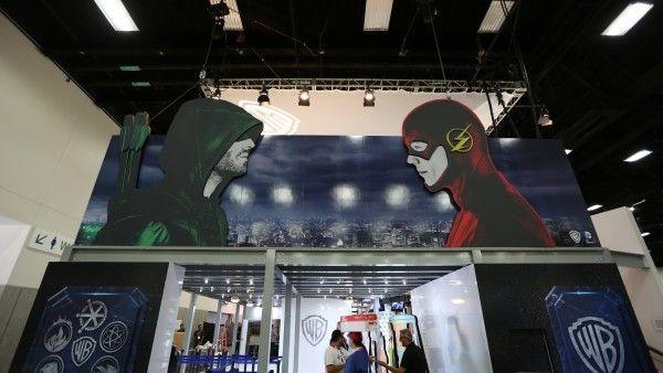 comic-con-2015-convention-floor-picture-image (18)