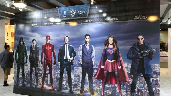 comic-con-2015-convention-floor-picture-image (19)