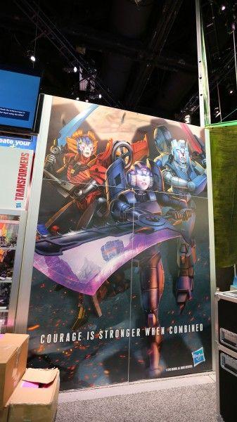 comic-con-2015-convention-floor-picture-image-(24)