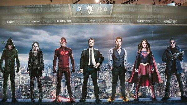 comic-con-2015-convention-floor-picture-image (42)