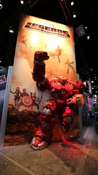 comic-con-2015-convention-floor-picture-image-(44)