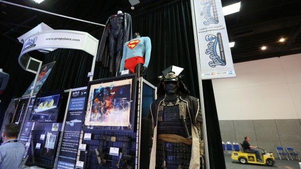 comic-con-2015-convention-floor-picture-image (73)