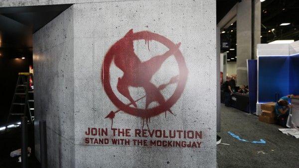 comic-con-2015-convention-floor-picture-image (75)
