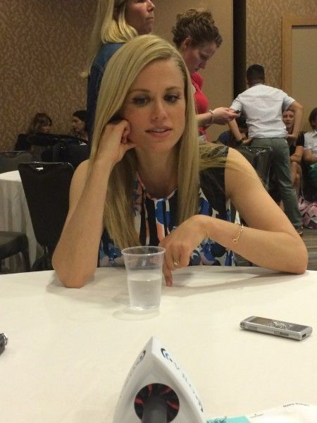 grimm-comic-con-2015-claire-coffee