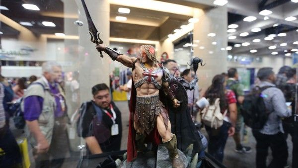 hot-toys-sideshow-collectibles-booth-picture-comic-con (35)
