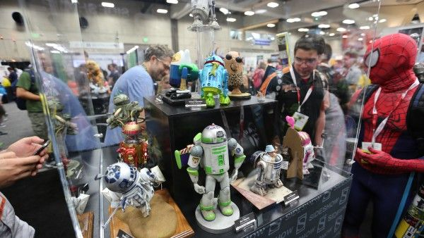 hot-toys-sideshow-collectibles-booth-picture-comic-con (38)