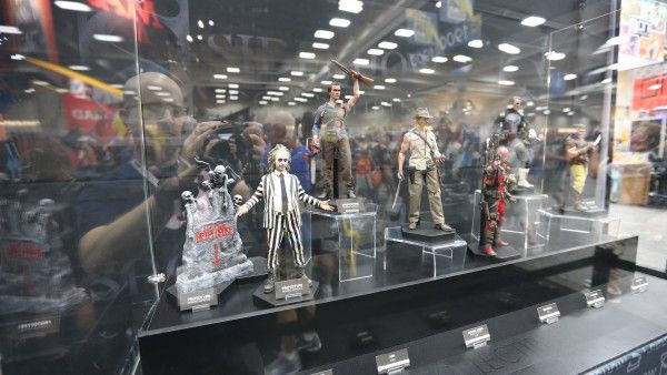 hot-toys-sideshow-collectibles-booth-picture-comic-con (45)