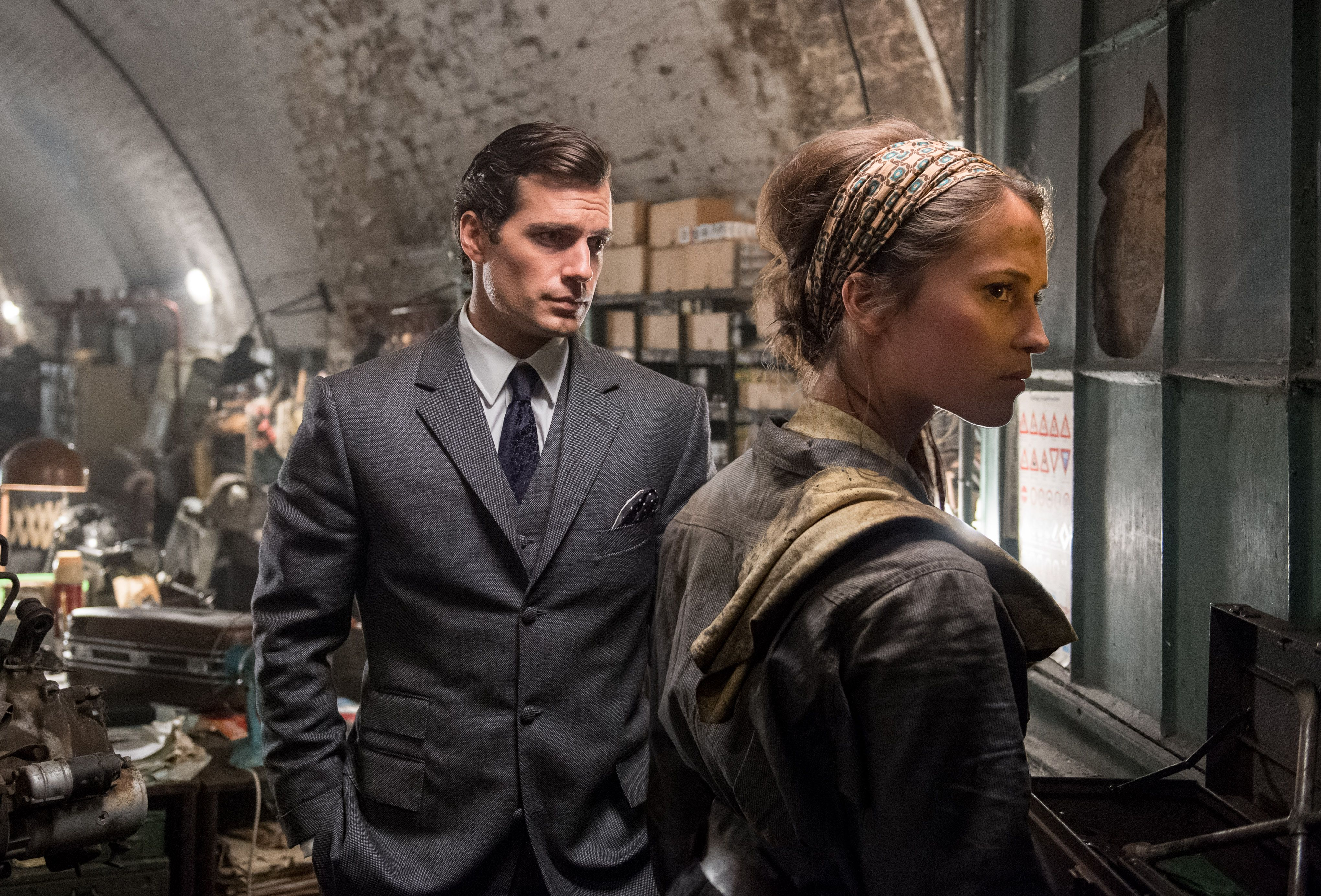 Man from UNCLE Movie Images Feature Henry Cavill, More ...