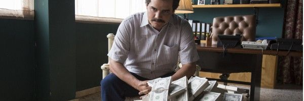 narcos trailer teases hunt for pablo escobar in netflix series
