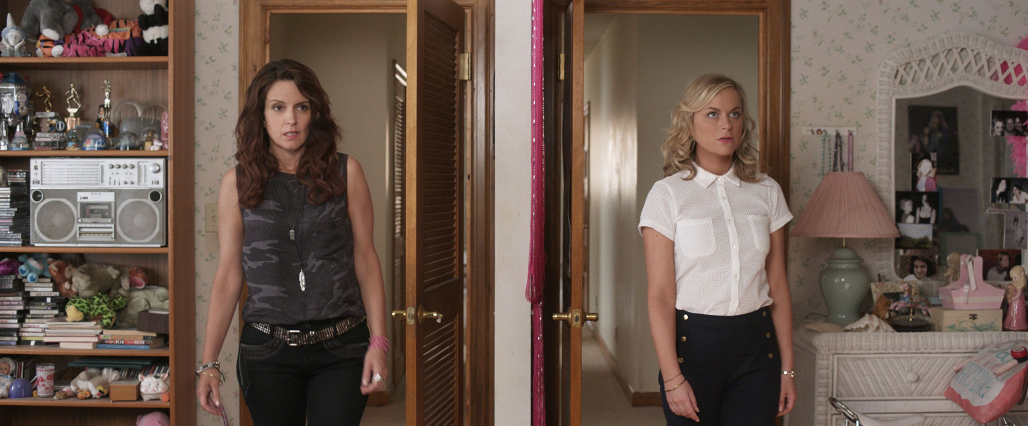 Amy Poehler Naked sisters': tina fey and amy poehler on playing sisters   collider