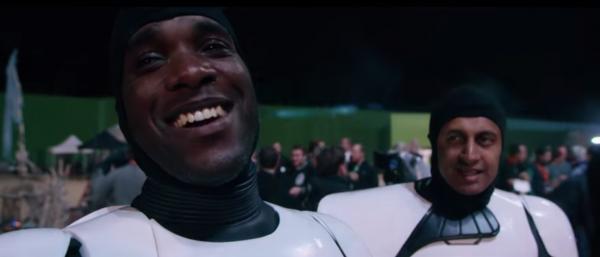 star-wars-the-force-awakens-behind-the-scenes-screengrab-image-40