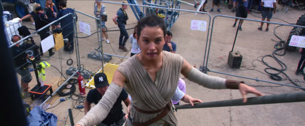 star-wars-the-force-awakens-behind-the-scenes-screengrab-image-69