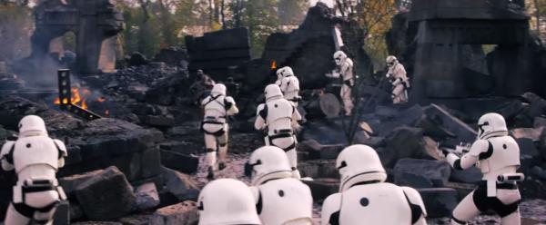 star-wars-the-force-awakens-behind-the-scenes-screengrab-image-74