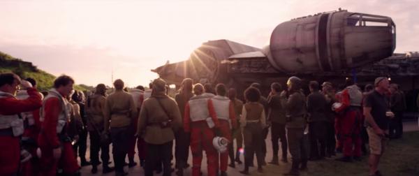 star-wars-the-force-awakens-behind-the-scenes-screengrab-image-78