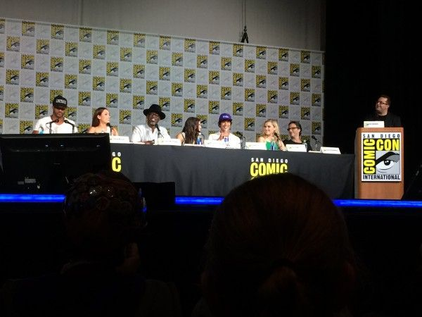 the-100-comic-con-2015-image