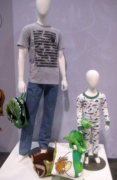 disney-clothing-6-d23-expo