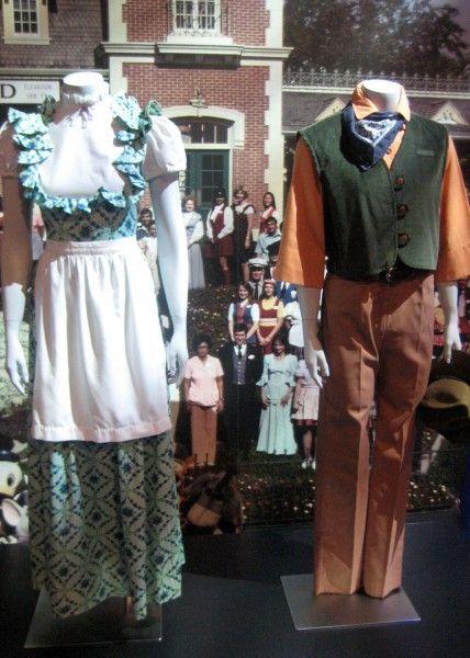 disneyland-exhibit-d23-83