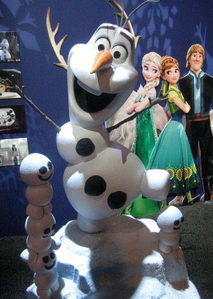 frozen-olaf-2-d23-expo