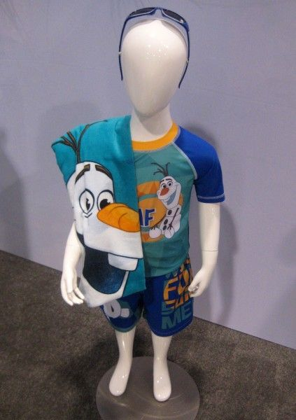 frozen-olaf-clothing-d23-expo