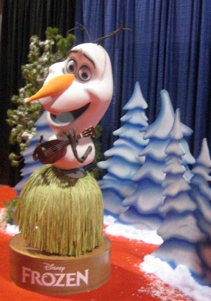 frozen-olaf-d23-expo
