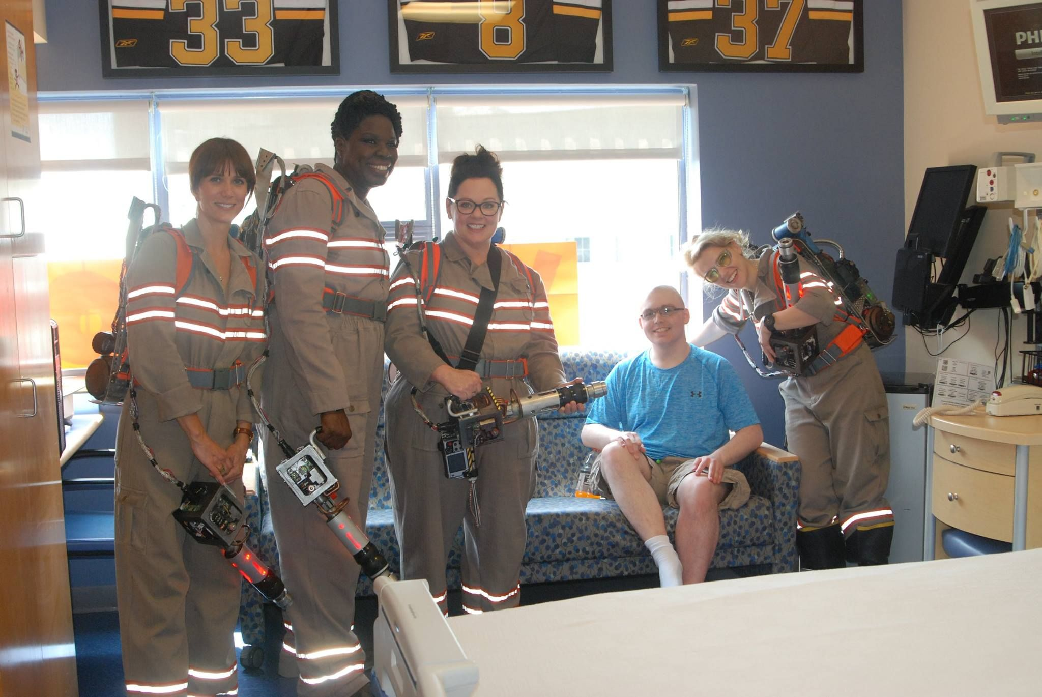 Ghostbusters Cast in Costume to Visit Hospital | Collider