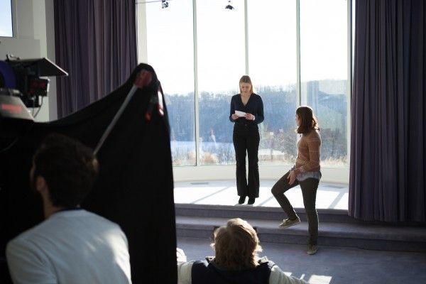 greta-gerwig-lola-kirke-mistress-america-behind-the-scenes