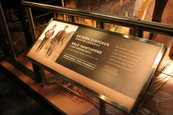 hunger-games-experience-district-12-costumes-3