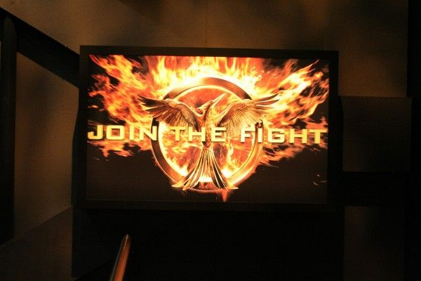hunger-games-experience-district-13-join-the-fight