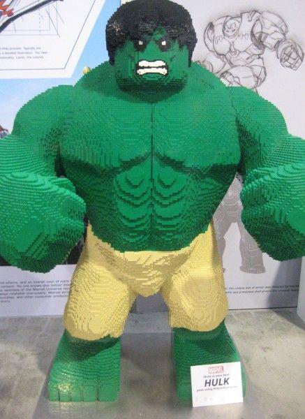 lego-hulk-d23-expo