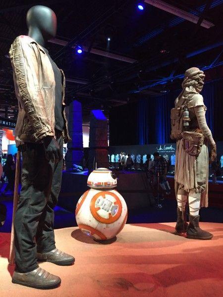star-wars-7-force-awakens-finn-bb8-rey-costume