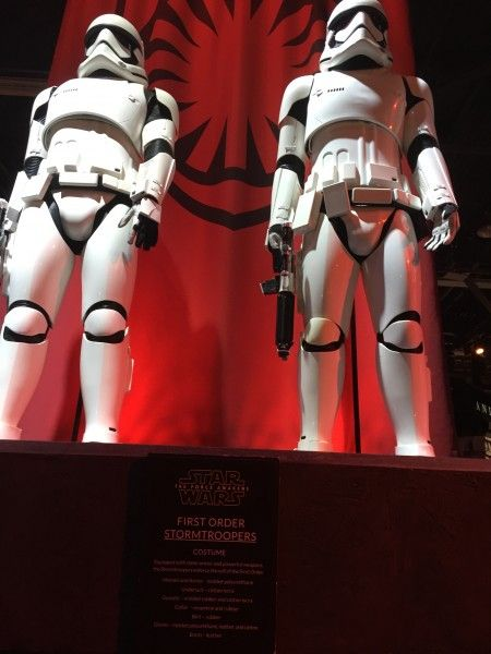 star-wars-force-awakens-first-order-storm-troopers