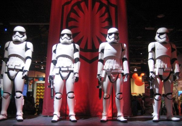 star-wars-the-force-awakens-stormtroopers-d23-expo