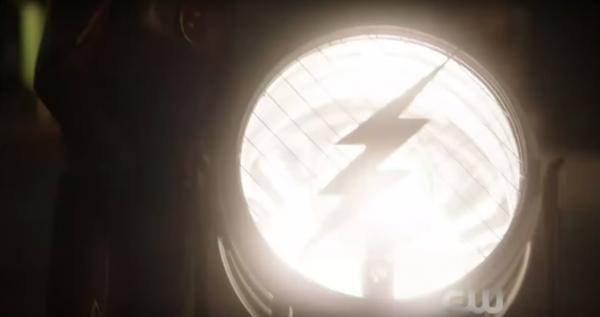 the-flash-season-2-signal