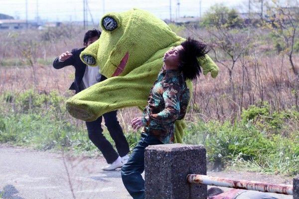 yakuza-apocalypse-movie-image-1