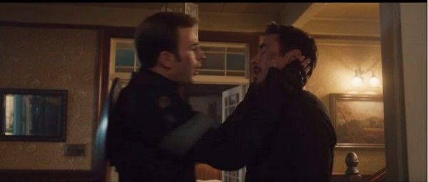 avengers-age-of-ultron-chris-evans-robert-downey-jr-kiss