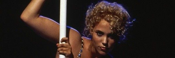 elizabeth-berkley-showgirls-slice