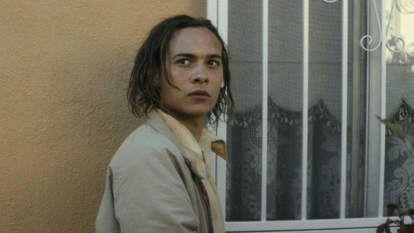 fear-the-walking-dead-season-1-frank-dillane