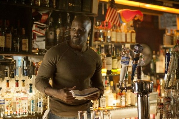 marvel-jessica-jones-mike-colter-luke-cage