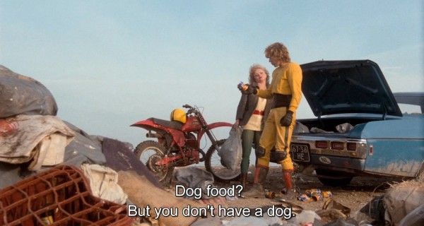 spetters-paul-verhoeven-dog-food