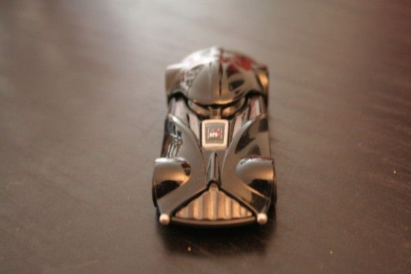 star-wars-hot-wheels-darth-vader-2