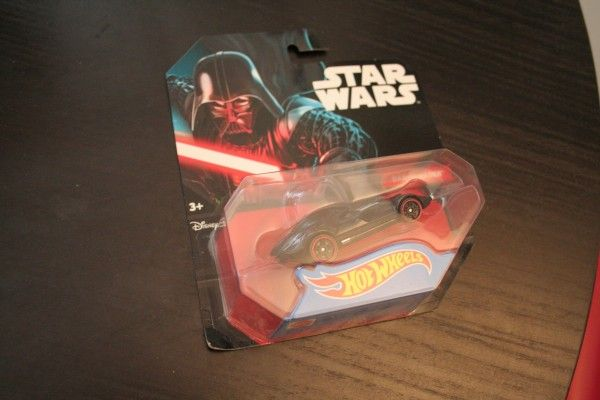 star-wars-hot-wheels-darth-vader-3
