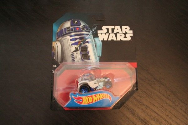 star-wars-hot-wheels-r2-d2-3