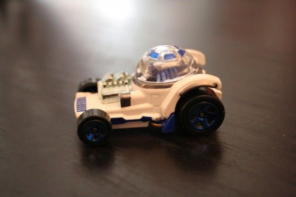 star-wars-hot-wheels-r2-d2