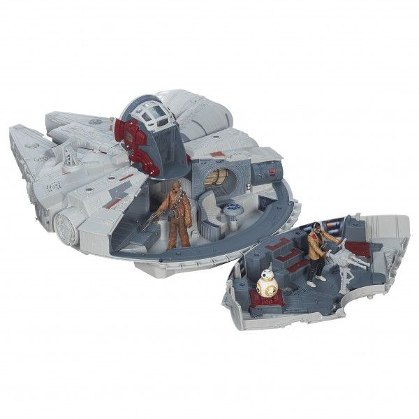 star-wars-the-force-awakens-toy-millennium-falcon-battle-action