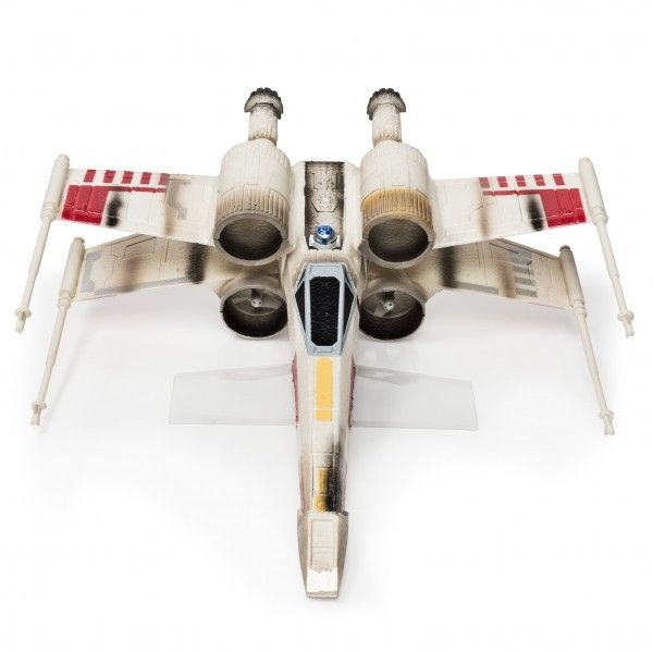 star-wars-the-force-awakens-toy-x-wing
