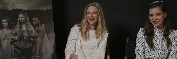 the-keeping-room-brit-marling-hailee-steinfeld-interview-slice