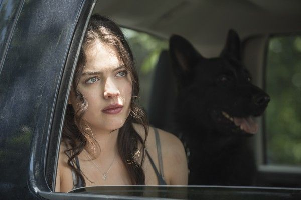 the-leftovers-season-2-margaret-qualley