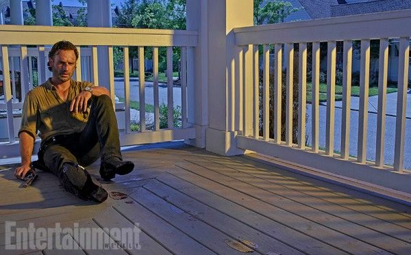 the-walking-dead-season-6-image-rick-andrew-lincoln